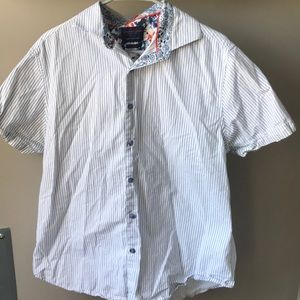 Men's button down short sleeve striped